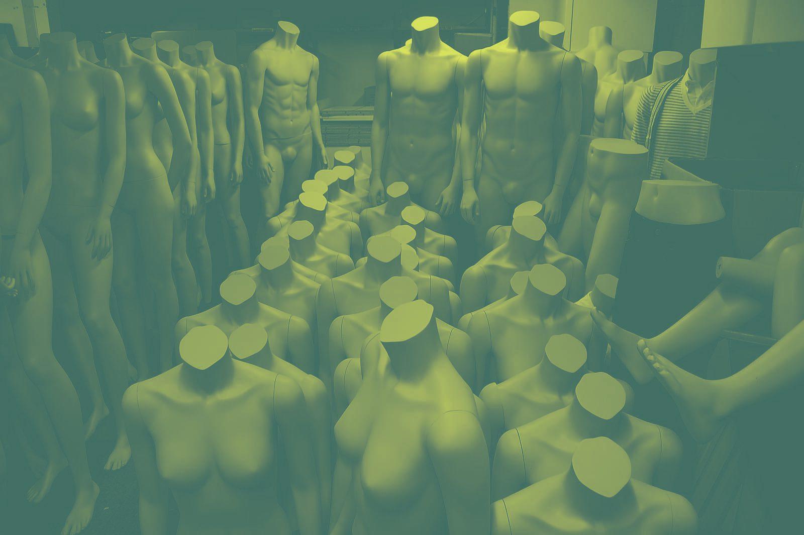 MannequinsInStorage e1501340484716 - Man muss kein Soziologe sein, aber…